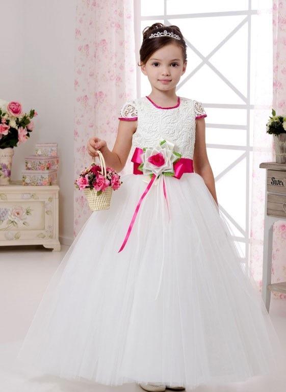 لباس عروس بچه گانه با گل سرخابی