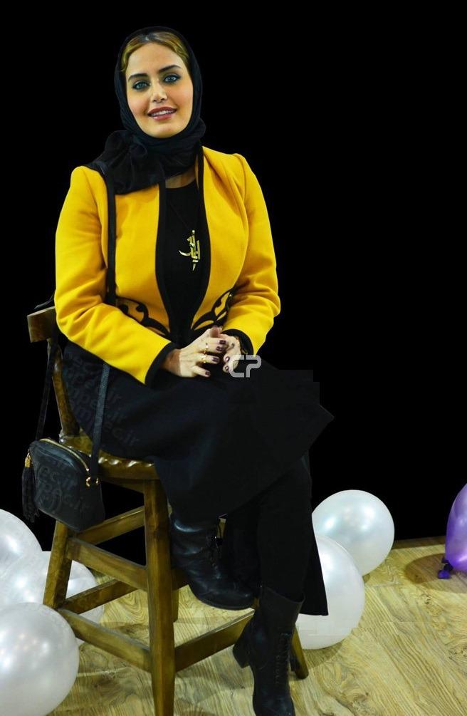 مدل مانتو مجلسی زرد رنگ