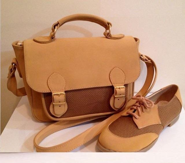 کیف و کفش عسلی