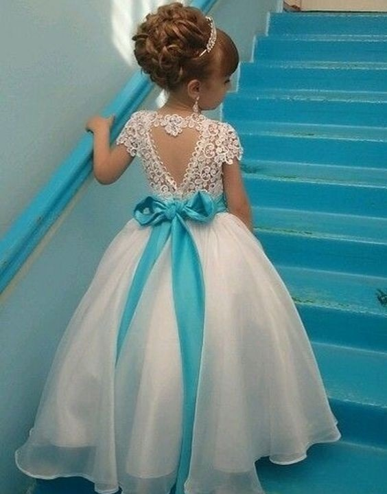 لباس عروس بچه گانه با کمربند آبی
