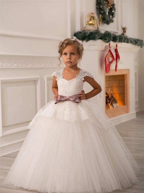 لباس عروس بچه گانه با کمربند صورتی