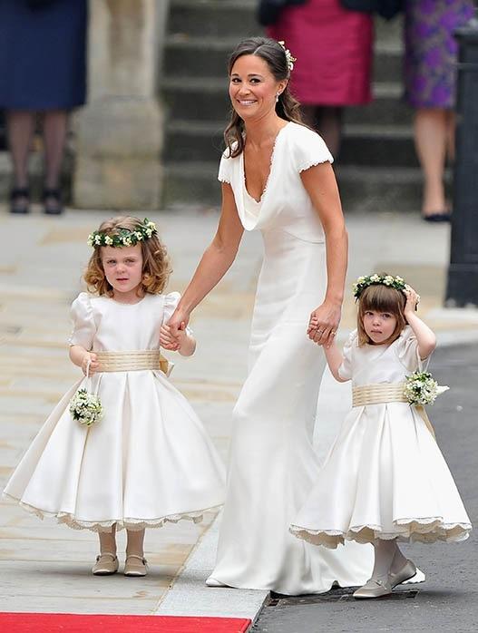 لباس عروسی بچه گانه اعضای خاندان انگلیس