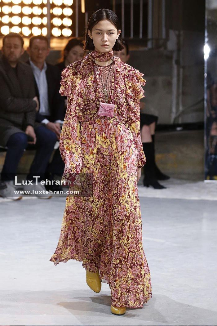 لباس پوشیده گل گلی در هفته مد پاریس
