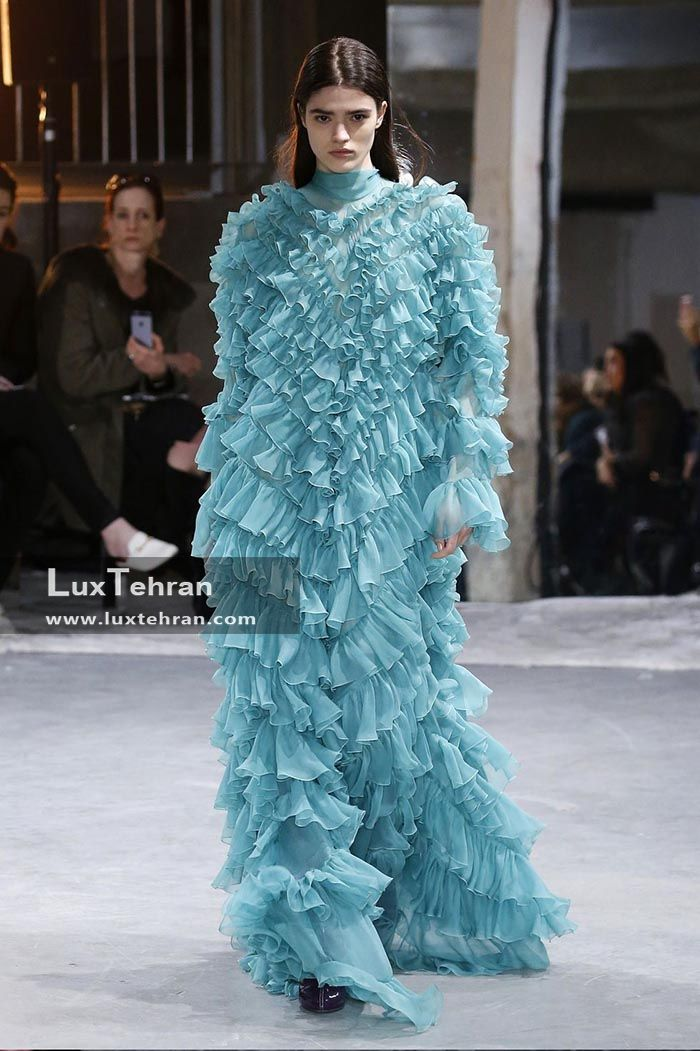 لباس چین دار فیروزه ای در هفته مد پاریس