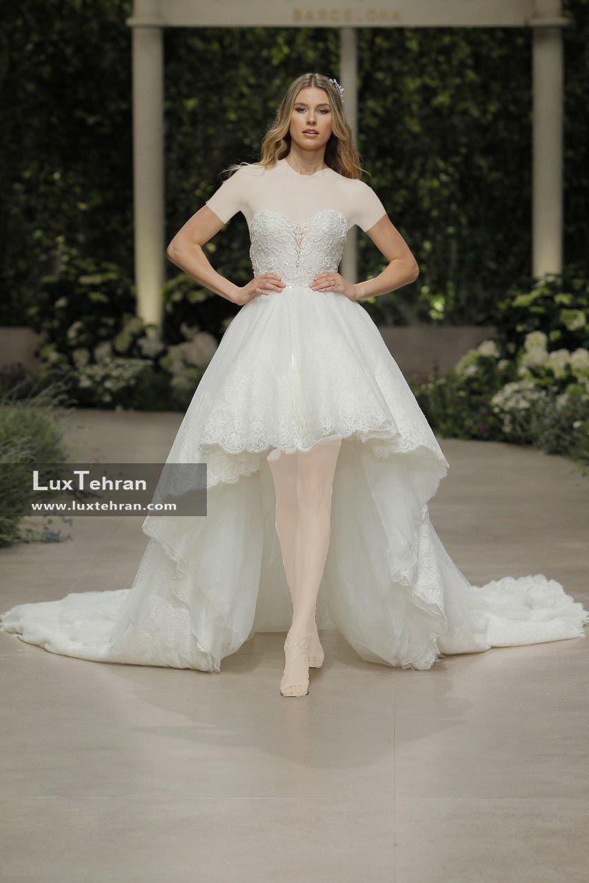 لباس عروس کوتاه و بدون آستین چاک دار