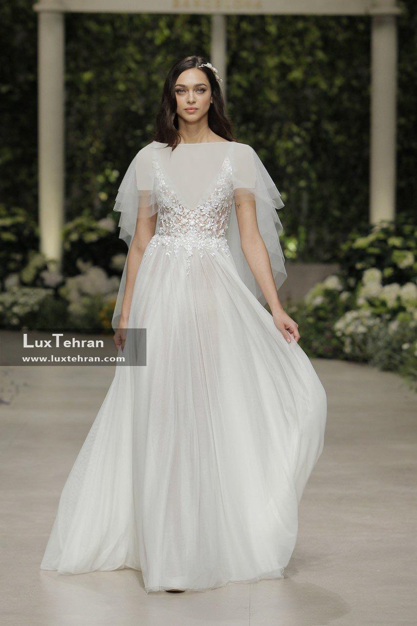 لباس عروس 2018 با یقه v تور دار بدون آستین دنباله دار