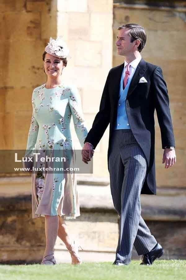 (لباس پیپا میدلتون، خواهر کیت میدلتون و همسرش جیمز متیوز در مراسم عروسی مگان مارکل
