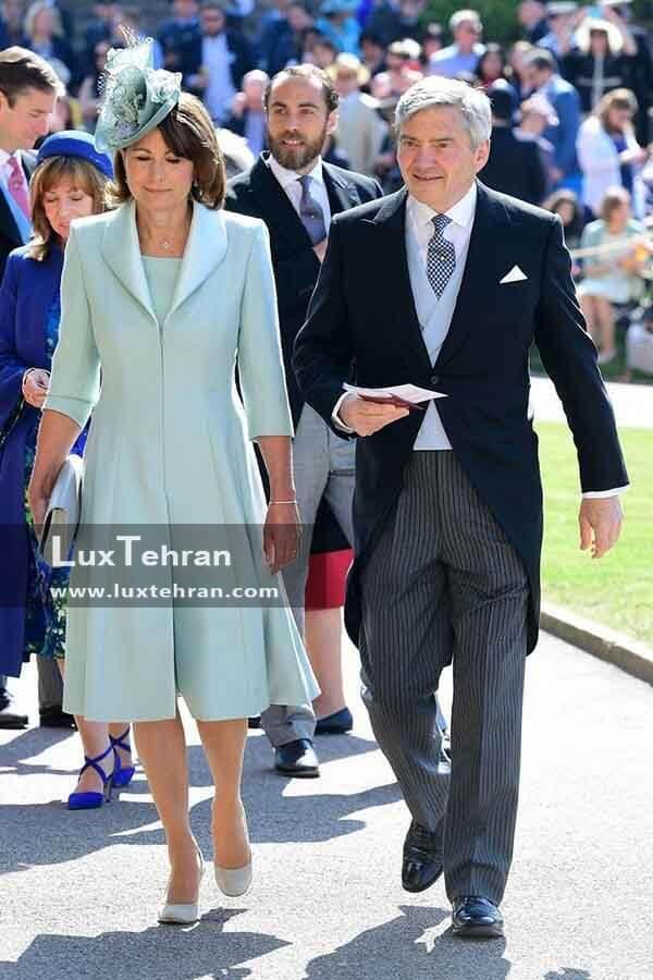 (تصویری از لباس پدر و مادر کیت میدلتون – کارول و مایکل در مراسم عروسی مگان مارکل