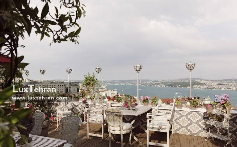 رستوران رو به دریا