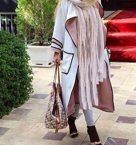 مدل مانتو اسپرت شیک دخترانه جلو باز نسبتا بلند در رنگ روشن و مناسب برای تابستان