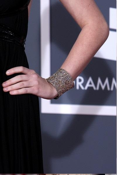 صویری از مجموعه دستبندهای الماس تیلور سویفت