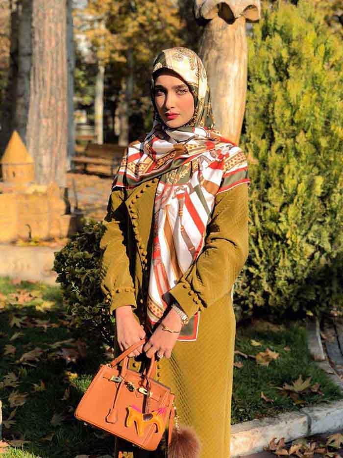 استایل آناشید حسینی