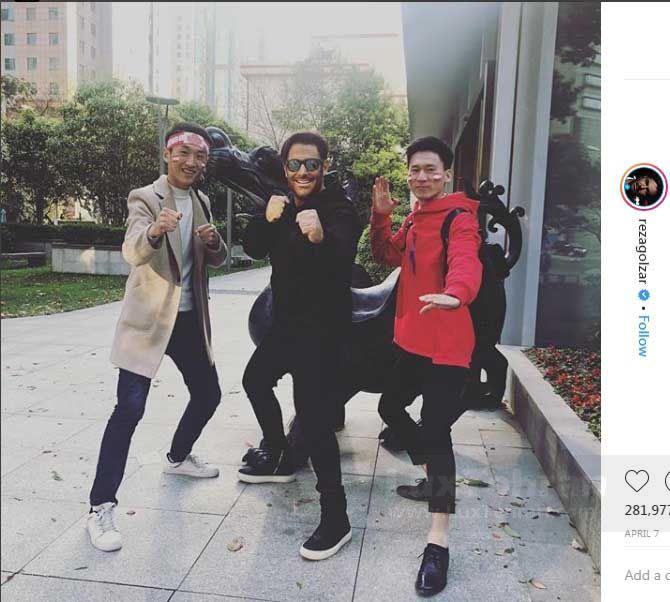 ژست های کاراته ای آقای سوپر استار در پشت صحنه سریال شبکه خانگی ساخت ایران ۲