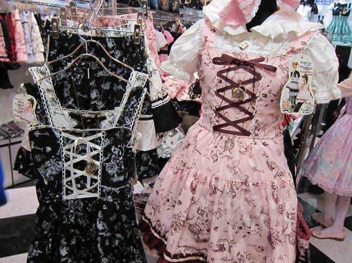 (الگو هایی برای طراحی استایل لولیتایی لباس عروسکی
