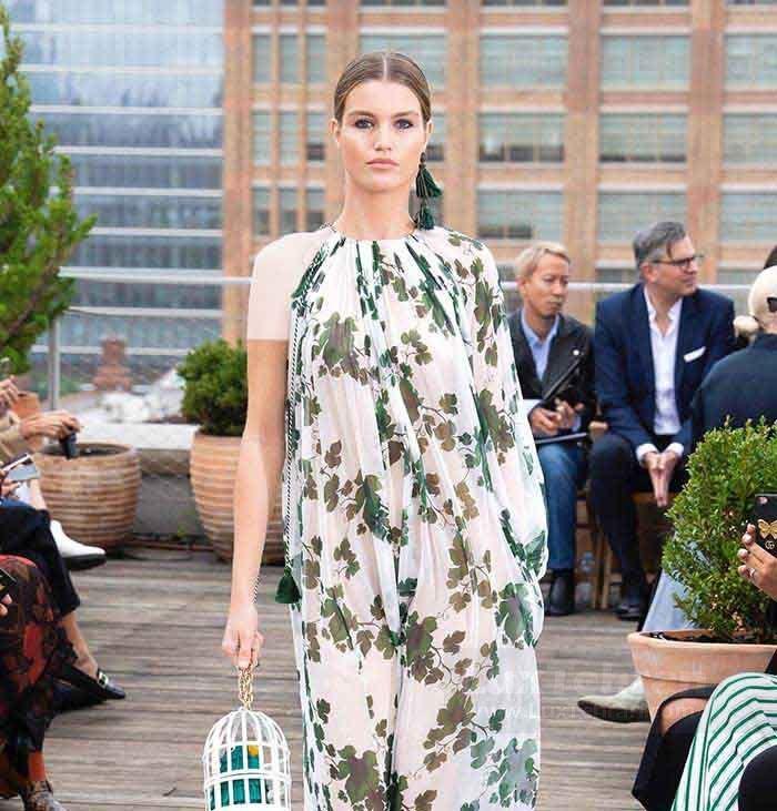 لباس بلند بدون آستین که طرح های پاییزه کژوال اسکار دلارنتا