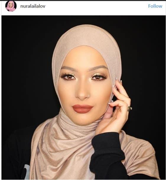 فشن بلاگر مسلمان به عنوان سفیر تبلیغاتی محصولات آرایشی و بهداشتی
