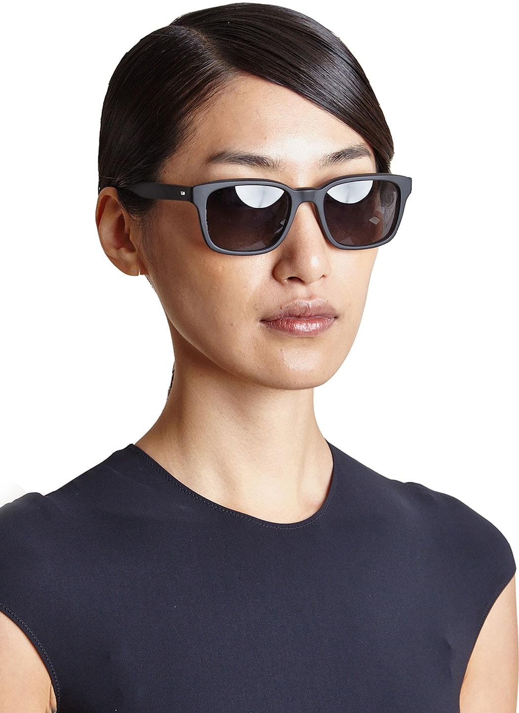 عینک آفتابی برند الیور پیپلز