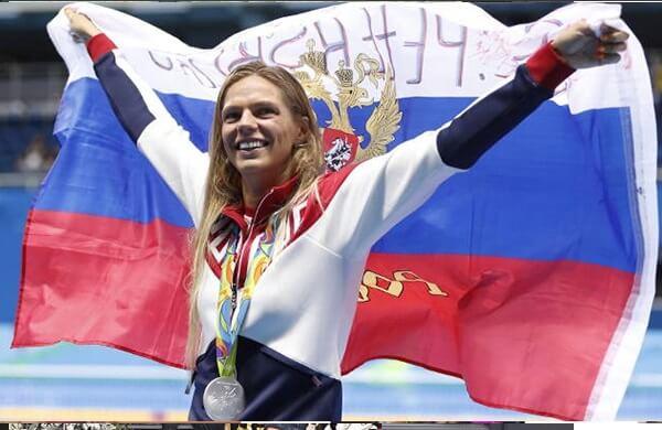 یولیا افیموا شناگر مشهور و جذاب روس