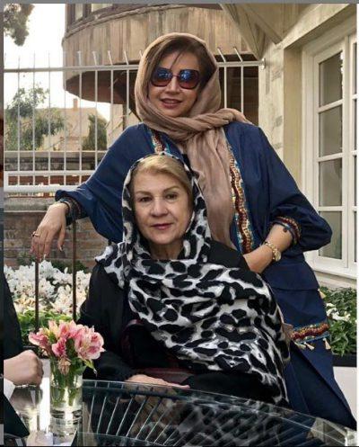 تیپ تابستانی شبنم را در خانه مادرش در تهران