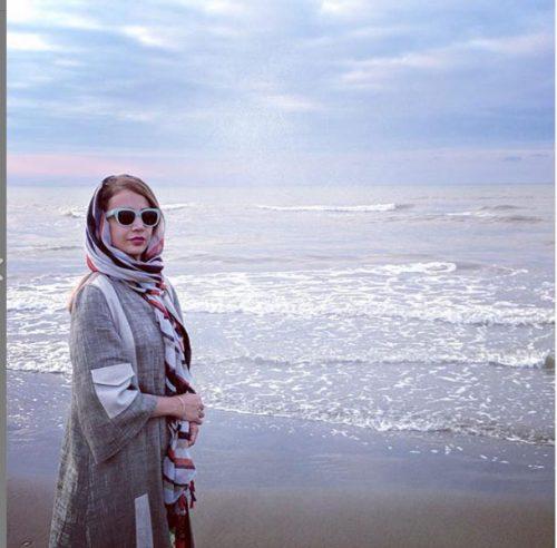 شبنم قلی خانی در این عکس که در روزهای ابتدایی تابستان نود و هشت منتشر شده