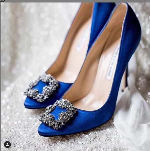آبی کلاسیک برای کفش های پاشنه بلند