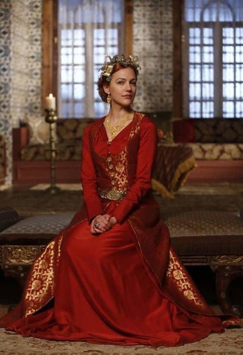 مریم اوزرلی یا شناخته شده در ایران با نام خرم سلطان