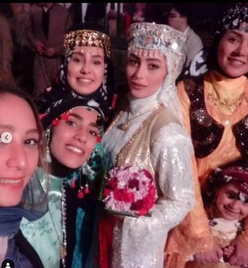 (وقتی روژان خانزاده ، عروس می شود